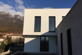 fasada delno z silikatnim ometom, delnokamnita obloga