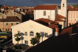 pogled na končano fasado verdijeva 2