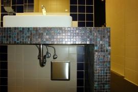 pogled na pult z mozaikom