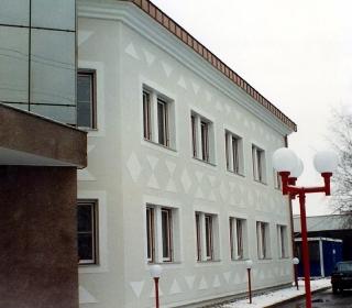 fasada je teranova z ornamenti