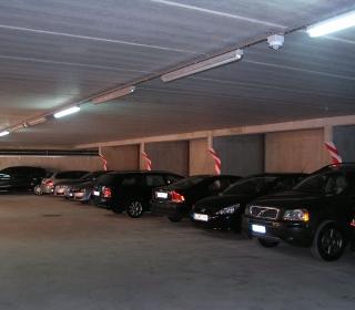 garaža je svetla