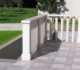 masivna kamnita ograja iz bračkega Veselja