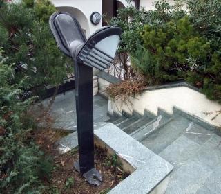 zavite stopnice iz cezlakita