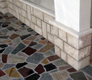 tlak venecian s stensko oblogo